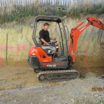 1.8 Tonne excavator great for small spaces